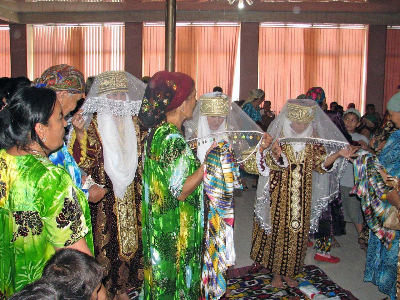Ceremony-of-Uzbekistan-Sallabandon2