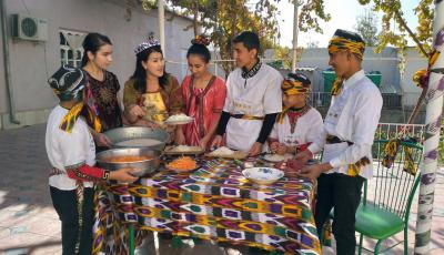 Sarmishsai Gorge addition to your Post-Covid Uzbekistan family trip.